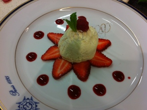 Chef's sweet creams with raspberry couli